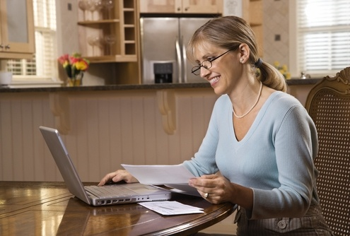picture of employee working from home